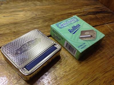 Hộp cuốn thuốc lá tự động Mascotte lớn